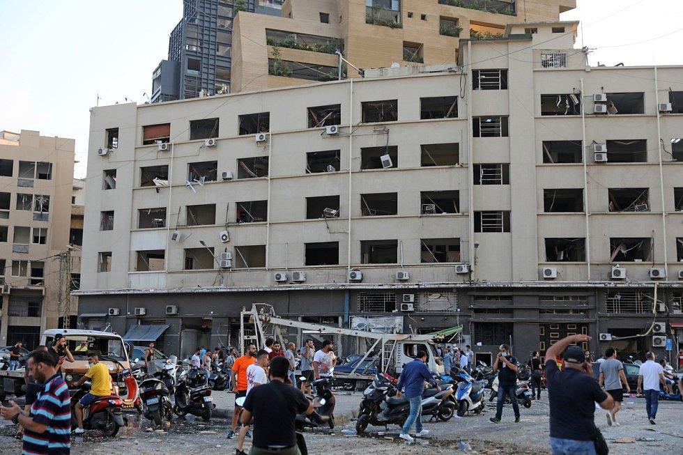 Výbuch v Bejrútu má katastrofální následky