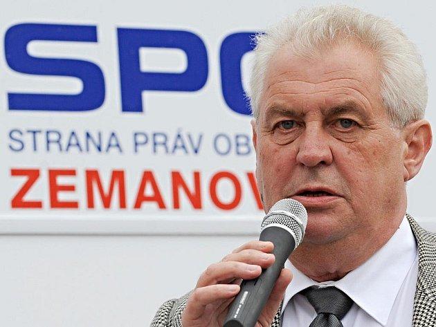 Miloš Zeman, čestný předseda Strany práv občanů – zemanovců (SPOZ).