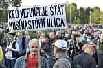 Na shromáždění svolaném iniciativou Za slušné Slovensko si lidé 20. září 2019 v Bratislavě připomněli loňskou vraždu novináře Jána Kuciaka a jeho partnerky