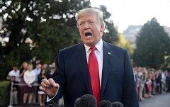 Donald Trump před novináři