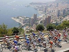 Nedělní 2. etapa Tour de France slavnostně odstartovala v Monaku.