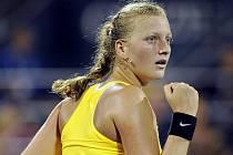 Petra Kvitová na US Open během vítězného duelu se světovou jedničkou Dinarou Safinovou z Ruska.