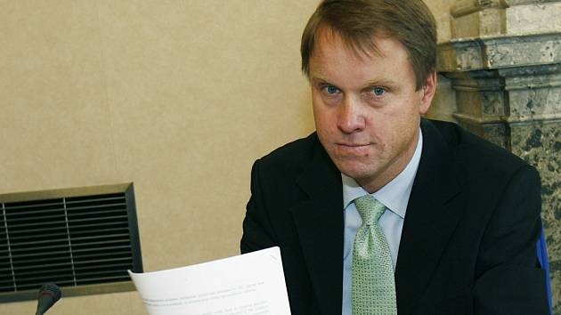 Evropa by měla mít výrazný zelený odstín. Bez něj by byla nejen nudná, ale také technokratická a lobbistická. Tento názor v pondělí vyjádřil bývalý prezident Václav Havel. Havel se rozhodl otevřeně podpořit Bursíkovu Stranu zelených.