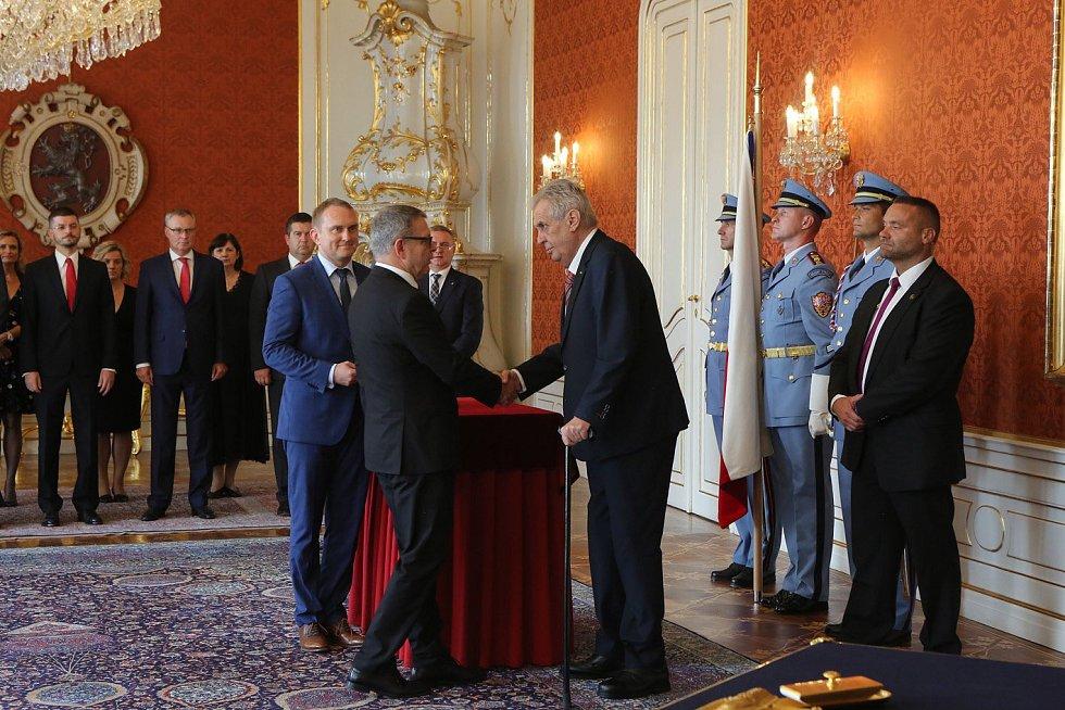 Miloš Zeman jmenoval Lubomíra Zaorálka novým ministrem kultury