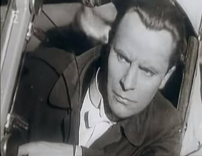 V gruzínském filmu Nepolapitelný Jan z roku 1943 ztvárnil titulní roli Jevgenij Samoljov