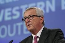 Dosavadní způsob řešení migrační krize, kdy země na takzvané balkánské migrační trase uprchlíky jen přes své území posílaly dál na západ Evropy, musí skončit, prohlásil předseda Evropské komise Jean-Claude Juncker.