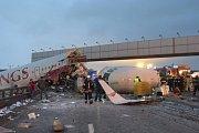 Ruský charterový letoun TU-204 havaroval u moskevského letiště Vnukovo