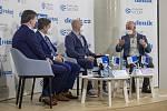 On-line debata Deníku na téma Nebezpečné silnice v Česku. Zleva Jan Matoušek, Radek Mátl, Martin Pleva a Roman Budský.