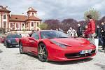 Sraz vozů Ferrari u příležitosti 70. let značky, Trojský zámeček.