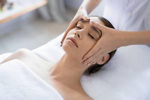 Masáž hlavy je vynikající na všechny duševní trable, snimiž je nespavost spojená.