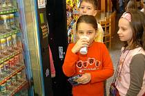 Program Mléko do škol opět poběží.