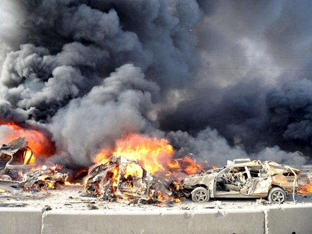 Dvě silné exploze otřásly dnes ráno východní částí Damašku.