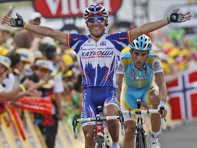 Joaquin Rodriguez porazil v závěrečném spurtu na Tour Alberto Contadora.