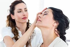 Takzvaná hypnoterapie je uznávanou metodou už i v Česku.
