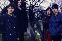 My Bloody Valentine, kapela, která pro nezávislou hudební scénu počátku 90. let znamenala skoro totéž, co The Velvet Underground v 60. letech, přijede do Prahy.