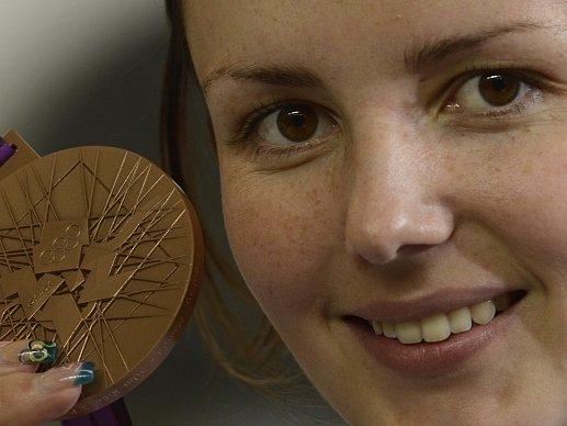 Adéla Sýkorová překvapila střelecký svět a na Hrách v Londýně vybojovala bronzovou medaili.