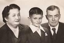 Marie a Josef Weberovi s osvovojeným Petrem