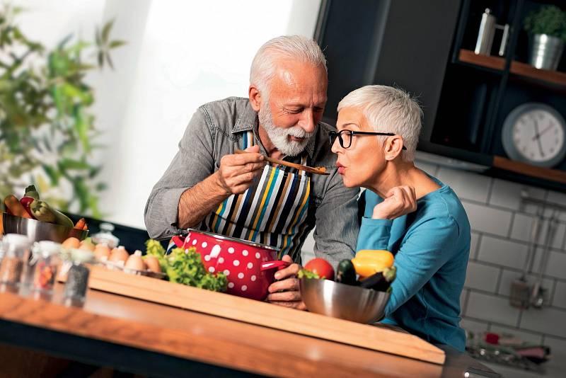 Člověk potřebuje blízkost druhého a stárnutí na tom moc nemění