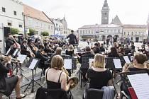 Renesanční Slavonice na Jindřichohradecku 3. září hostily národní zahájení Dnů evropského dědictví. Na snímku Jindřichohradecký symfonický orchestr.