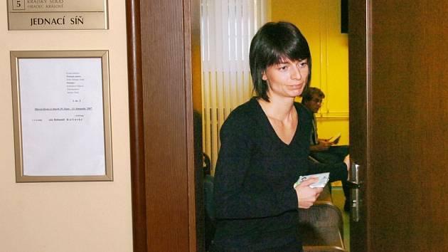 Jedna ze svedkyň v hlavním líčení s obžalovaným Bohumilem Kulínským.