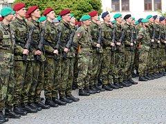Slavnostní přísaha vojáků. Ilustrační foto.
