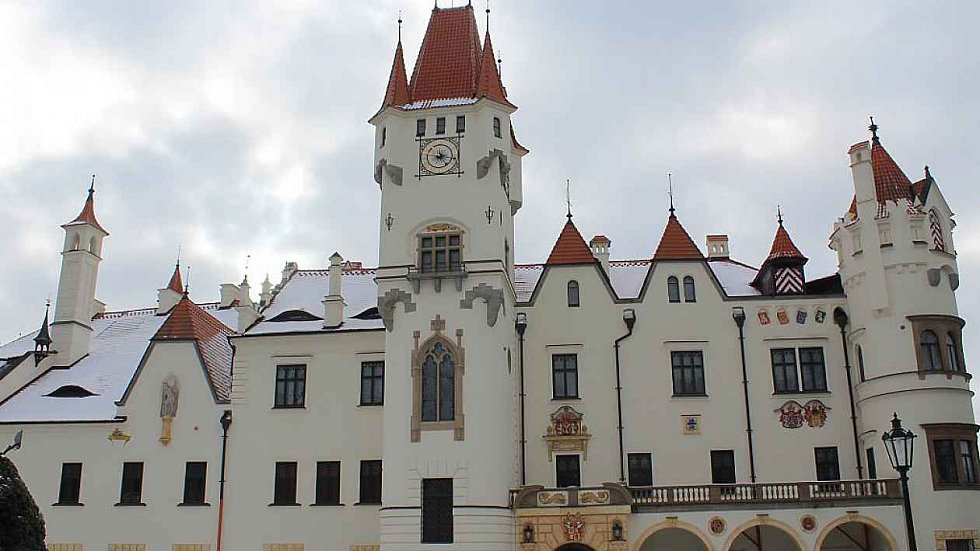 Pseudorenesanční zámek v Žinkovech