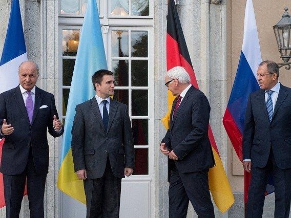 Setkání ministrů zahraničí v Berlíně.