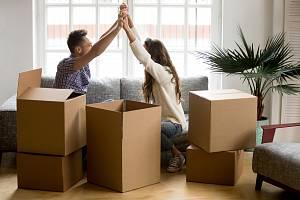 Vlastní bydlení je pro mnoho Čechů prvním krokem k rodině.