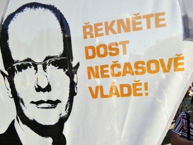 ČSSD zahájila 27. srpna na brněnském Moravském náměstí svou kampaň před podzimními senátními a krajskými volbami.