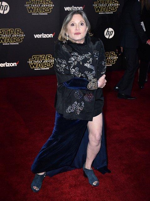Carrie Fisherová (princezna Leia).