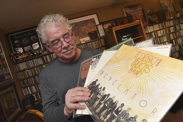 Vinylové desky se stávají čím dál více populárnější