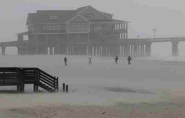 Hurikán Irene na východním pobřeží USA