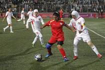 Po celá desetiletí byl fotbal mimo dosah žen. To se ale změnilo v roce 2005.