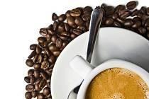 Káva je zdraví prospěšný nápoj a zaručuje delší a zdravý život, tvrdí studie.