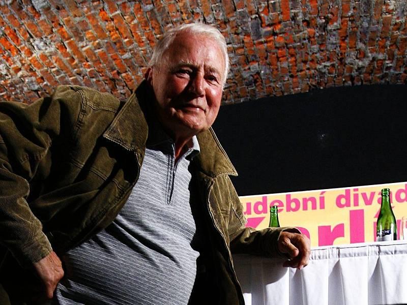 Představitel filmového Limonádového Joea Karel Fiala