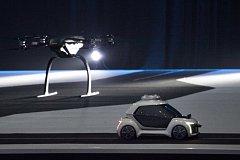 Na výstavě Amsterdam Drone Week se představil prototyp létajícího taxíku