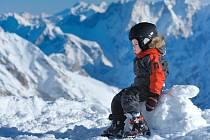 Mezi nejoblíbenější způsoby, jak prožít jarní prázdniny, patří rodinná dovolená na horách.