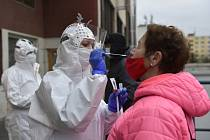 Antigenní testy v Kroměřížské nemocnici. Ilustrační snímek