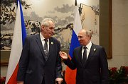 Miloš Zeman s Vladimírem Putinem při dřívějším setkání.