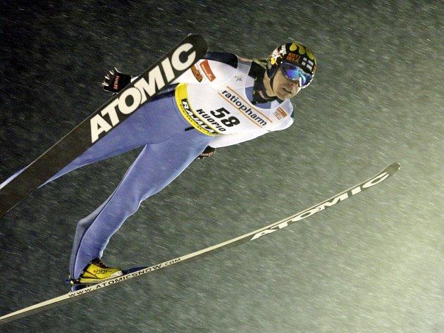 Janne Ahohen při závodě v Kuopiu.