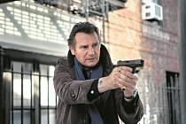 SOLITÉR. Liam Neeson jako soukromé očko ve strhujícím thrilleru Scotta Franka Mezi náhrobními kameny.
