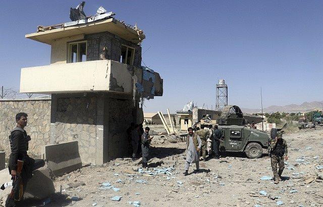 Útok Talibanu na policejní velitelství