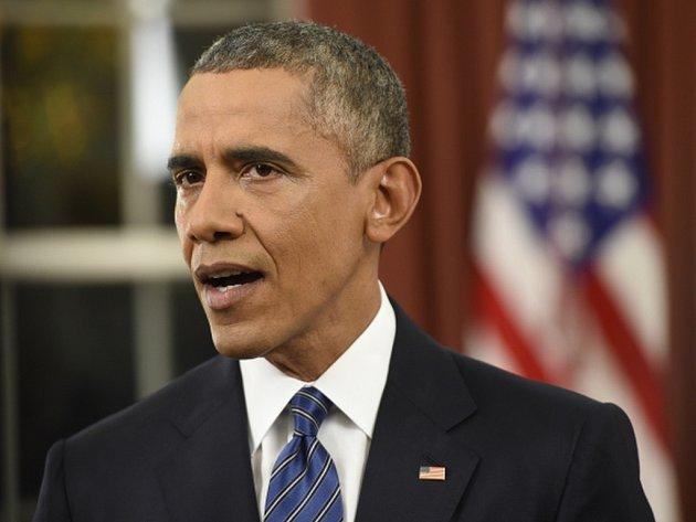 Americký prezident Barack Obama označil středeční střelbu v kalifornském San Bernardinu za teroristický čin, jehož účelem bylo zabíjet nevinné lidi. Řekl to v neděli v proslovu k národu z Oválné pracovny Bílého domu.