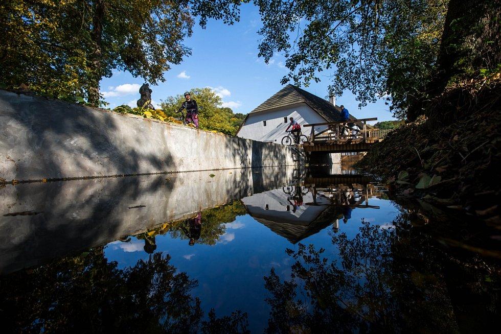 Rudrův mlýn, kde se odehrává část románu Babička