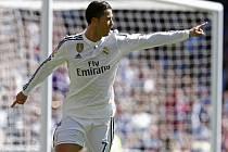 Cristiano Ronaldo z Realu Madrid nasázel Granadě pět gólů.