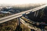 Most Vysočina u Velkého Meziříčí je nejvyšší mostní stavbou na trase D1