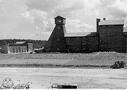 Fotografie důlního závodu Rolava z roku 1946.