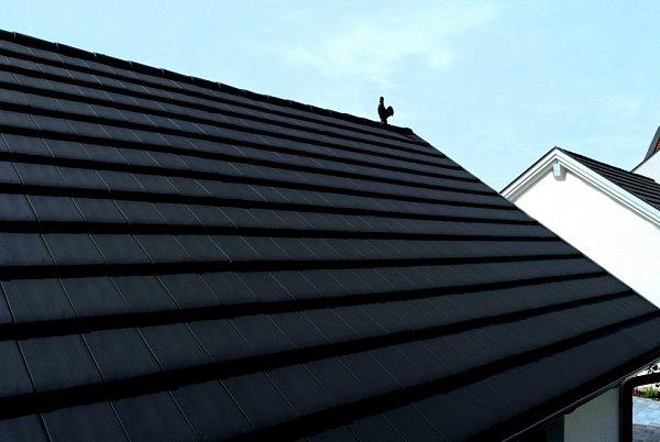Rodinný dům staškou Stodo 12spovrchovou úpravou měděná engoba získal 2.místo vsoutěži Pálená střecha 2013vkategorii Rodinné domy a obytné stavby.