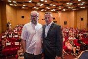 Jan Mattlach a Filip Renč na festivalu v Karlových Varech