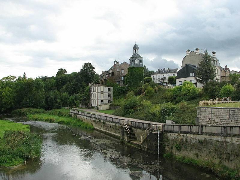 Francouzská vesnice Varennes-en-Argonne. Právě tady byli Ludvík XVI. a Marie Antoinetta zadrženi při pokusu o útěk. Foto: Wikimedia Commons, TCY, CC BY-SA 3.0, https://creativecommons.org/licenses/by-sa/3.0/